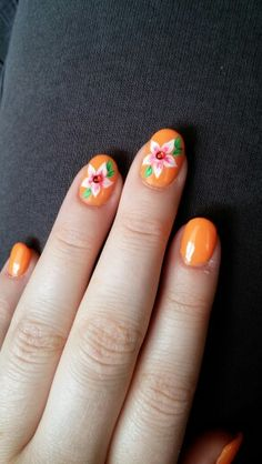 Summer nails, flower nail art