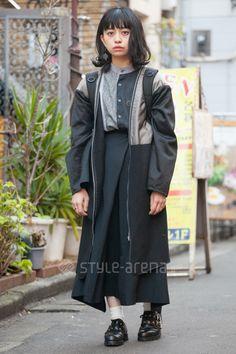 Sana | remake used tricot COMME des GARÇONS  靴下屋 handmade ISSEY MIYAKE | 4th week  Jan. 2017 | Harajuku | Tokyo Street Style | TOKYO STREET FASHION NEWS | style-arena.jp