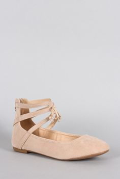 Go back to 18th century France and take in the pretty ballet slippers worn back then. Reimagined for today, these cute ballet flats are practical and comfortable. The nude shoe features a caged constr