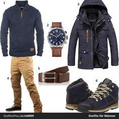 Praktisches Männer-Outfit für den Alltag. Solid Pullover, Uhr und Gürtel von Tommy Hilfiger und coole Boots von Timberland.