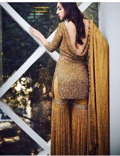 Indian Designer Suit Kameez With Garara Sharara Pant Beautiful Wedding Wear Dres Indian Attire, Indian Wear, Indian Suits, Gharara Designs, Dress Designs, Sarara Dress, Indian Designer Suits, Sari, Pakistani Dresses
