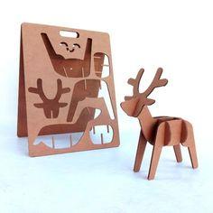 cardboard deer reindeer xmas christmas kids play cartón cartonlab ecodesign diy reno navidad sostenible ecologico.