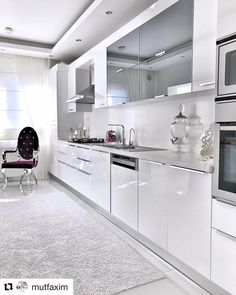 Image could contain: kitchen and interior White This fashionable design design, which produces hot Kitchen Room Design, Kitchen Cabinet Design, Modern Kitchen Design, Home Decor Kitchen, Interior Design Kitchen, Kitchen Ideas, Kitchen Cabinets, Modern Kitchen Interiors, Cuisines Design