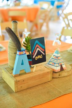 Guest table centerpieces from a Boho Tribal Birthday Party on Karas Party Ideas 17 Indian Birthday Parties, Birthday Party Tables, Diy Birthday, First Birthday Parties, Happy Birthday, Boho Baby Shower, Party Set, Baby Party, Teepee Party