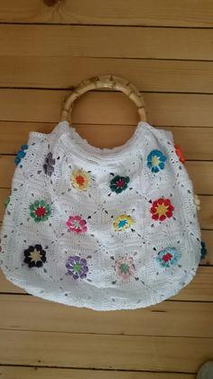 #simplycrochet #bohobag #grannyflower #crochet #crochetaddict #grannysquare Simply Crochet, Crochet Top, Flowers, Women, Fashion, Moda, Fashion Styles, Royal Icing Flowers, Fashion Illustrations