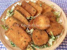 Le cotolette di zucchine sono un secondo piatto vegetariano. Ottime sia fritte che al forno piacciono molto ai bambini. Semplici da preparare