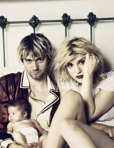 Family portrait. Kurt, Courtney  Francis Bean #kurt #cobain #nirvana #courtneylove
