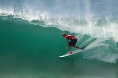 John John Florence Surfing | john john florence, surf, billabong pro, tahiti, polynesie, teahupoo ...