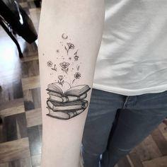 A Black and White Books Tattoo Idea Mini Tattoos, Body Art Tattoos, New Tattoos, Small Tattoos, Sleeve Tattoos, Tatoos, Arrow Tattoos, Friend Tattoos, Word Tattoos