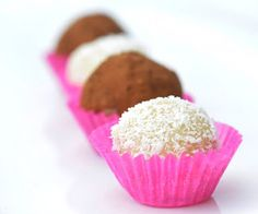 Anja's Food 4 Thought: Almond Coconut Balls (Aka Healthy Marzipan)