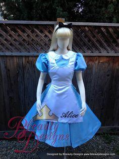 Alice in Wonderland Park Version Adult Costume Custom Made Alice Cosplay, Alice Costume, Cosplay Dress, Cosplay Costumes, Disney Princess Dresses, Disney Dresses, Blue Bridal, White Bridal, Vintage Dress Patterns