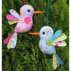 Fabric Toys, Fabric Birds, Fabric Scraps, Fabric Animals, Fabric Shop, Sewing Toys, Sewing Crafts, Sewing Projects, Craft Projects