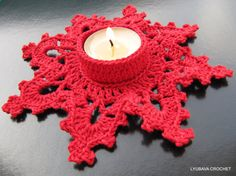 Christmas Tea Light Crochet Candle Holder - Orange Pumpkin - Share a Pattern - Free Crochet Pattern - Share a Pattern Crochet Cozy, Crochet Stars, Crochet Snowflakes, Christmas Snowflakes, Free Crochet, Snowflake Designs, Snowflake Pattern, Christmas Tea, Christmas Crafts