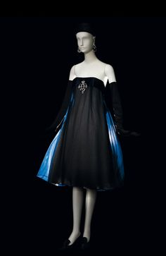 If Its Hip, Its Here: YSL Retrospective At The Petit Palais - And A Mini One Here.