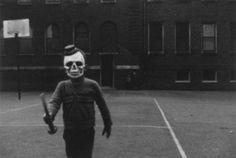 Halloween, South Side, 1951, Chicago. Yasuhiro Ishimoto #vintage #halloween