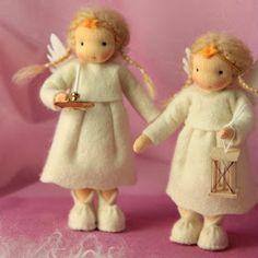 Mein Blog bietet alles über Blumenkinder, den Jahreszeitentisch, Feen, Elfen, Tiere, Zwerge, Filzen, Nähen, Häkeln und Puppen.