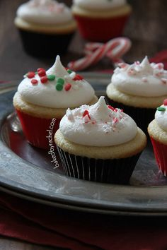Mini Vanilla Cupcakes with Peppermint Buttercream