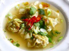Wontons er en af de asiatiske lækkerier, som jeg altid har elsket, men som jeg aldrig rigtig har taget mig sammen til at lave, hvis man da lige ser bort fr
