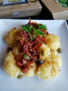 Gnocchi+di+patate+ripieni+di+gorgonzola+con+pomodori+secchi+e+capperi---