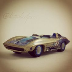 "Corvette Stingray - 2003 Hot Wheels HWY 35 ""Wave Rippers"" #hotwheels 