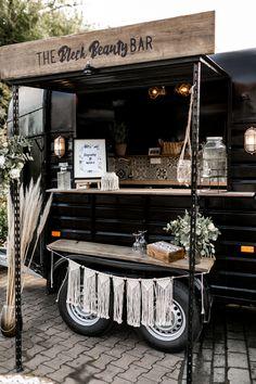 Coffee Carts, Coffee Truck, Mobile Bar, Converted Horse Trailer, Foodtrucks Ideas, Horse Box Conversion, Mobile Coffee Shop, Coffee Trailer, Caravan Bar