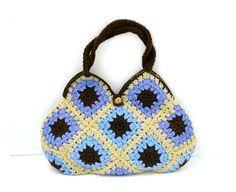Bolso cuadrado del ganchillo abuela en colores pastel, azules, marrón y beige claro / / bolsa / / abuela Plaza de bolsa / / bolso de ganchillo hecho a mano
