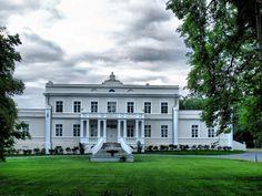 Palace Kosinskich, Sroda Wielkopolska, Wielkopolskie province, Poland.