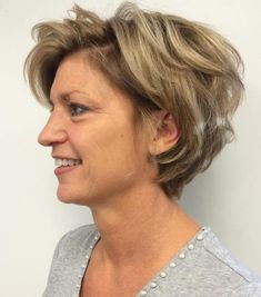 Over Messy Pixie Bob Hairstyle