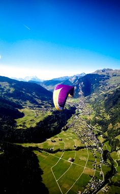 Paragliding Courses in English