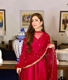 Pakistani Models, Pakistani Fashion Casual, Indian Fashion Dresses, Stylish Dress Designs, Stylish Dresses, Casual Dresses, Beautiful Pakistani Dresses, Pakistani Dress Design, Fancy Wedding Dresses