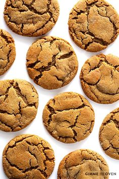 Chewy ginger molasses cookies (ginger snaps)