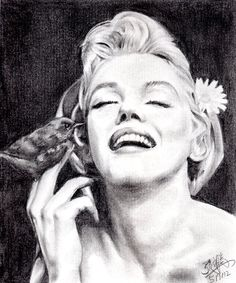Pencil portrait of Marilyn Monroe by ~chaseroflight on deviantART  | This image first pinned to Marilyn Monroe Art board, here: http://pinterest.com/fairbanksgrafix/marilyn-monroe-art/ || #Art #MarilynMonroe