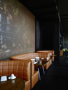 restaurant seating Be inspired by outstanding bars and restaurants around the world Lounge Design, Bar Lounge, Design Café, Bar Interior Design, Cafe Interior, Design Interiors, Luxury Interior, Kitchen Interior, Restaurant Booth Seating
