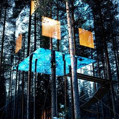 Tree Hotel in North Sweden with mirror exterior to blend with nature. Lots of amazing modern architecture. Amazing Architecture, Architecture Design, Hotel Architecture, Building Architecture, Oh The Places You'll Go, Places To Visit, Sweden House, In The Tree, Tree Tree