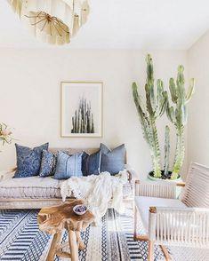Chic home decor bohemian living rooms inspired room fresh get the look boho ideas style Bohemian Living Rooms, Living Room Decor, Bohemian Apartment, Interior Bohemio, Toilette Design, Look Boho, Bohemian Style, Modern Bohemian, Bohemian Interior Design