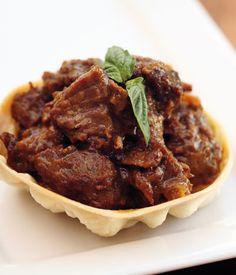 YIAH Beef Rendang. #dinner #beef #YIAH #YourInspirationatHome http://yourinspirationathome.com.au