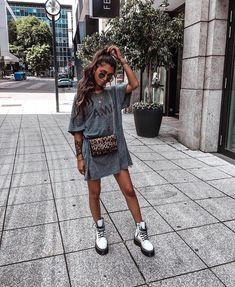 Best Summer Outfits The spring summer outfits of beautiful girls hav. - Best Summer Outfits The spring summer outfits of beautiful girls have an incredibly rom - Edgy Outfits, Mode Outfits, Fashion Outfits, Fashion Pics, Pastel Outfit, Cool Summer Outfits, Spring Outfits, Summer Dresses, Oversized Tshirt Outfit