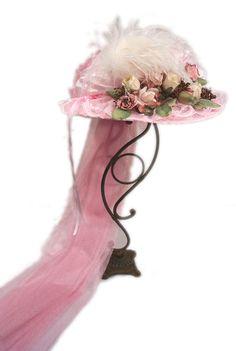 Romance and Lace Bridal Boutique Victorian Tea Party, Victorian Hats, Victorian Dresses, Tea Hats, Tea Party Hats, Tea Parties, Vintage Hat Boxes, Vintage Hats, Hat Decoration