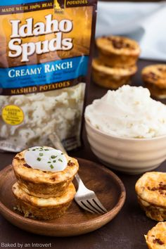 """These Creamy Ranch Mashed Potato Cakes are a tasty side dish to complete any meal. For more holiday pins like this one, check out my """"Holidays at Home"""" board that's sponsored by Idaho Spuds in celebration of their """"Home For The Holidays"""" contest: http://clvr.li/2cIkdtF . Enter today!! #downrightdelicious #CG #ad"""