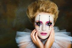 Pantomime make-up - Creative ideas in pictures for great make-up for Halloween and carnival Halloween Makeup pictures of halloween makeup looks Mime Makeup, Costume Makeup, Halloween Face Makeup, Girl Clown Makeup, Jester Makeup, Skull Makeup, Hair Makeup, Pantomime, Harlequin Makeup