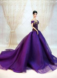 I know it's a doll, but that dress!