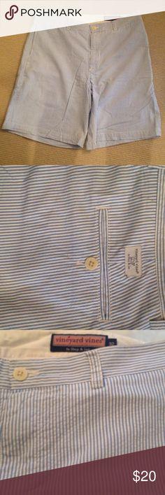 "Vineyard Vines Blue Seersucker Shorts Sz. 32 VV blue and white cotton Seersucker shorts. 32"" waist and 9"" inseam. In very good condition, no spots.From smoke and pet free home. Vineyard Vines Shorts Flat Front"
