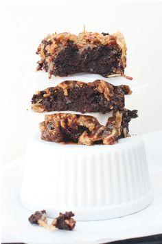 ... gluten free caramel coconut brownies ...