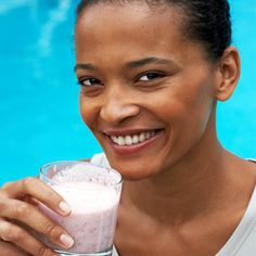 Protein shakes for people with diabetes can be part of a successful type 2 diabetes management plan. Choosing the right meal replacement means reading labels.