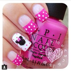 I adore these! Pink spotty Minnie Mouse nails!
