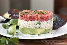 This tuna salad recipe is mixed with avocado and fresh salsa. It is perfect for an easy lunch or a simple low carb meal. Fresh Salsa Recipe, Avocado Tuna Salad, Cooking Recipes, Healthy Recipes, Healthy Tuna, Healthy Eating, Cooking Stuff, Skinny Recipes, Healthy Meals