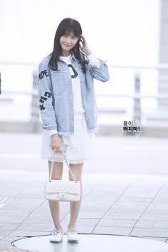Korean Airport Fashion, Korean Fashion, Snsd Fashion, Fashion Outfits, Yoona Snsd, Kpop Outfits, Airport Outfits, Airport Style, Celebs