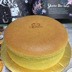 Golden Banana Sponge Cake