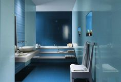 Bathroom in blue with modern tiles