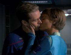 Could Star Trek's new series boldly go back to undo the worst season finale in sci-fi TV history? Star Trek Actors, Star Trek Characters, Enterprise Nx 01, Star Trek Enterprise, Star Trek Tv Series, Connor Trinneer, Fandom Jokes, Star Trek Images, Sci Fi Tv